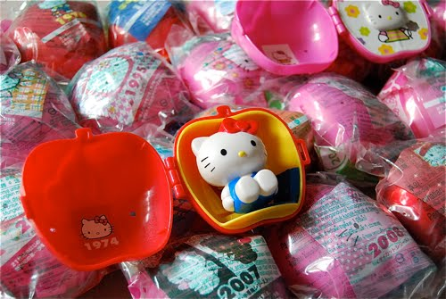 Hello Kitty Mcdonald S Toys : Hello kitty back in mcdonald s tresormakati